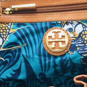 Authentic Tory Burch Tote ❤️